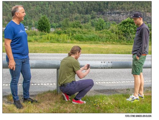 IT-selskapet iSi AS, Åndalsnes lager program som lærer å oppdage feil ved rekkverket. Foto: faksimile Åndalsnes Avis