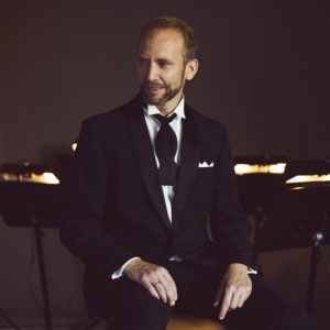 Vokalist: Erik-André Hvidsten. Foto: Erik Faukland