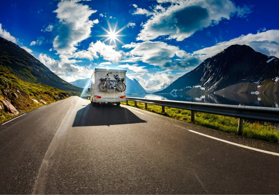 caravan-car-travels-on-the-highway-picture-id677651312